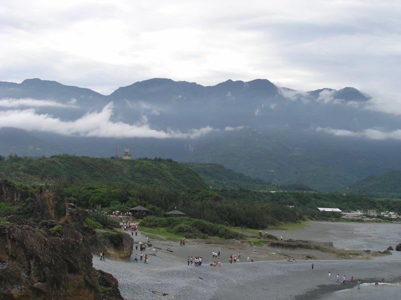 花東三日 4 人吃吃喝喝微旅行|花蓮、台東民宿住宿、藍白公路、海洋賞鯨 2005 Hualien Taitung travel Taiwan Ocean Mountain