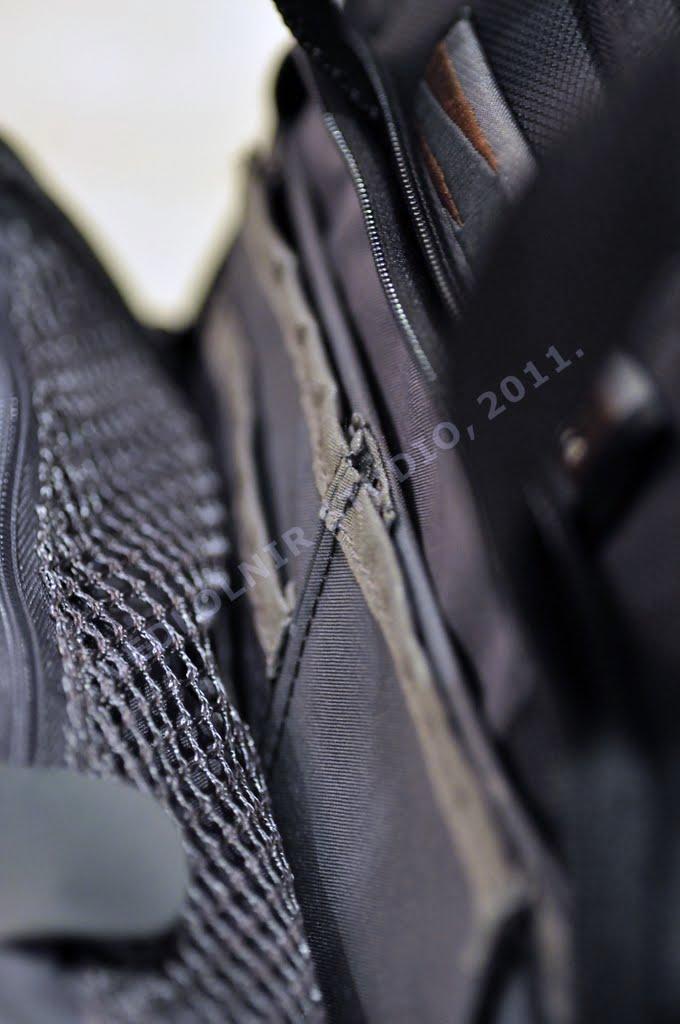 Delsey Pro Bag 4 photography equipments 09 法國大使 Delsey Pro Bag 4 攝影相機包開箱文與使用心得推薦