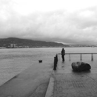 這城市好多人寂寞著