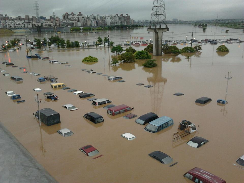 Taiwan Heavy Rain 20120611 07 7