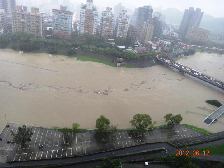Taiwan Heavy Rain 20120611 20 20