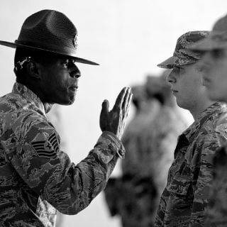 active adult air force angry talk army 說話力:自以為對事不對人的貼心舉動,卻失禮的傷害許多人的錯誤說話