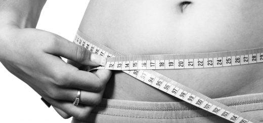 woman girl fat fitness health body size 吃錯比吃多更傷身!全球十大垃圾食物的進出失衡破壞身體健康