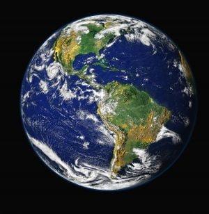 blue ocean earth galaxy universe space 從駐日外交官之死來看自助旅行者該有的警惕