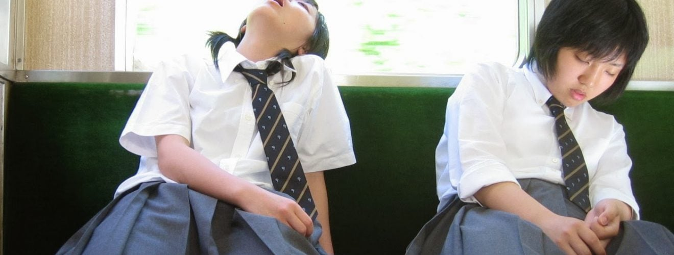 Japanese Girl sleep on Train MRT 台北往淡水捷運末班車上睡過頭的士林阿伯