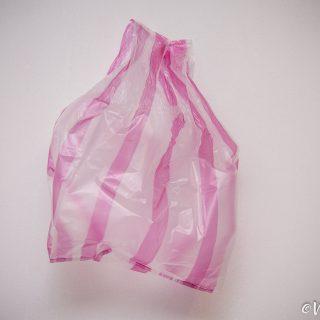 紅白塑膠袋-Red-White-Plastic-Bag-Vedfolnir