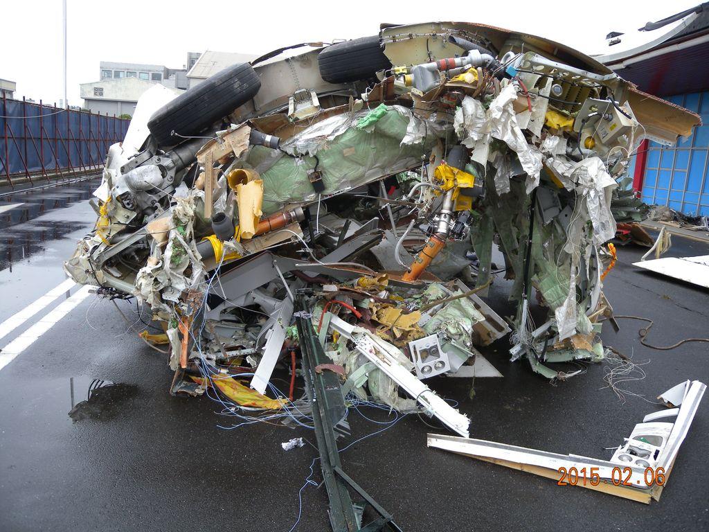 GE 235飛航事故現場尋獲之殘骸 01