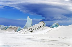Wonders_in_the_Antarctic_Sea_and_Sky_南極_海冰_笠狀雲