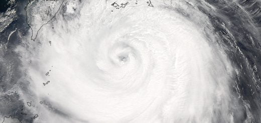 Nasa-Typhoon-soudelor_amo_2015219