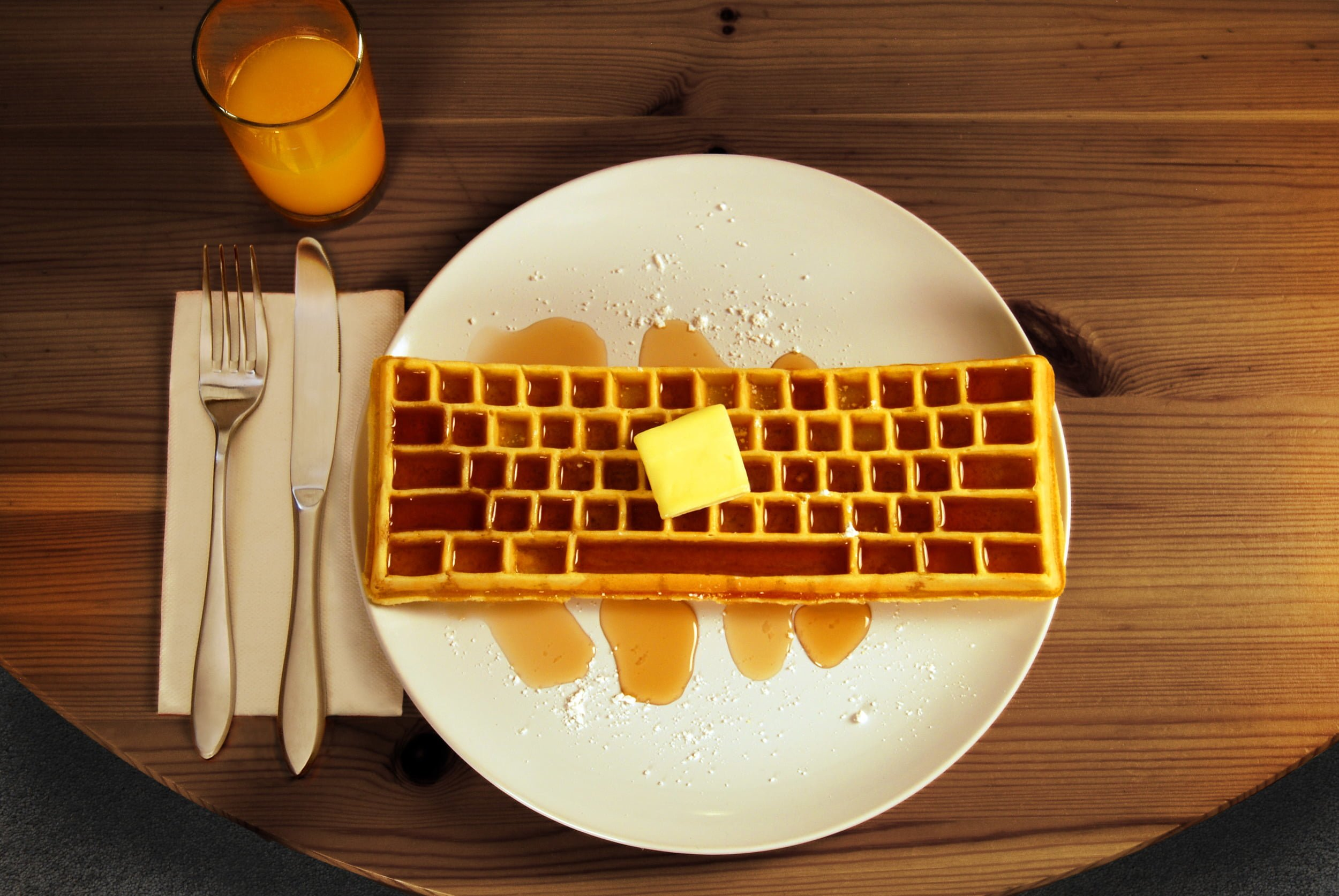 Keyboard_Waffle_Iron_Beauty_Food_Shot