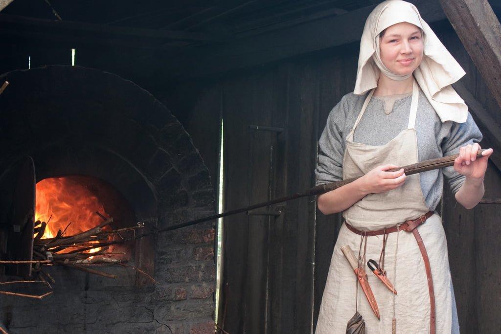 Old_Oven_Medieval_Baker