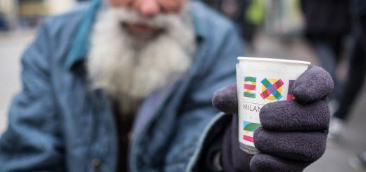 Charity_donations_EXPO_2015_ Mangiare_tutti