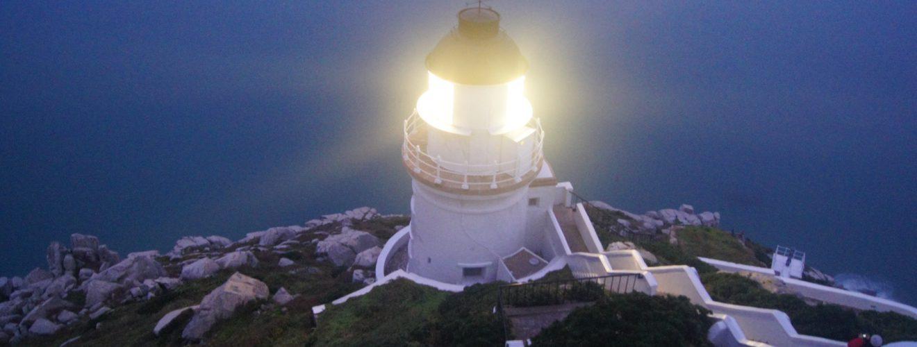 國定古蹟,東引島燈塔(主燈修復)。