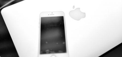 Apple-iPhone-SE-Macbook-Pro