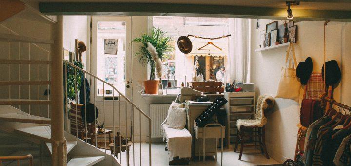furniture room chair interior design 20161221 生活法律:學生、工作在外租屋時不要傻傻提供身份證影本給房東