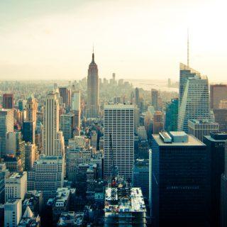 City skyline buildings new york skyscrapers big world 行政院會通過「都市危險及老舊建築物加速重建獎勵條例」草案