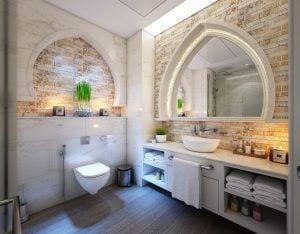 bathroom cabinet candles faucet toilet 旅遊小知識:泰國、越南等東南亞國家的廁所 馬桶旁的水桶如何用?