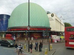 Madame Tussauds Building London UK 英國倫敦 10 個必須去一次的旅遊聖地 十大熱門景點大公開