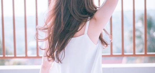 adult attractive beautiful blur summer white fresh 夏天常見「止汗制臭劑」專家提醒過量使用可能有害健康!