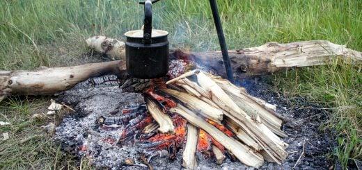 fireplace Boiled hot water stove wild outdoor 野外求生技術:保存食物的 4 種安全方法