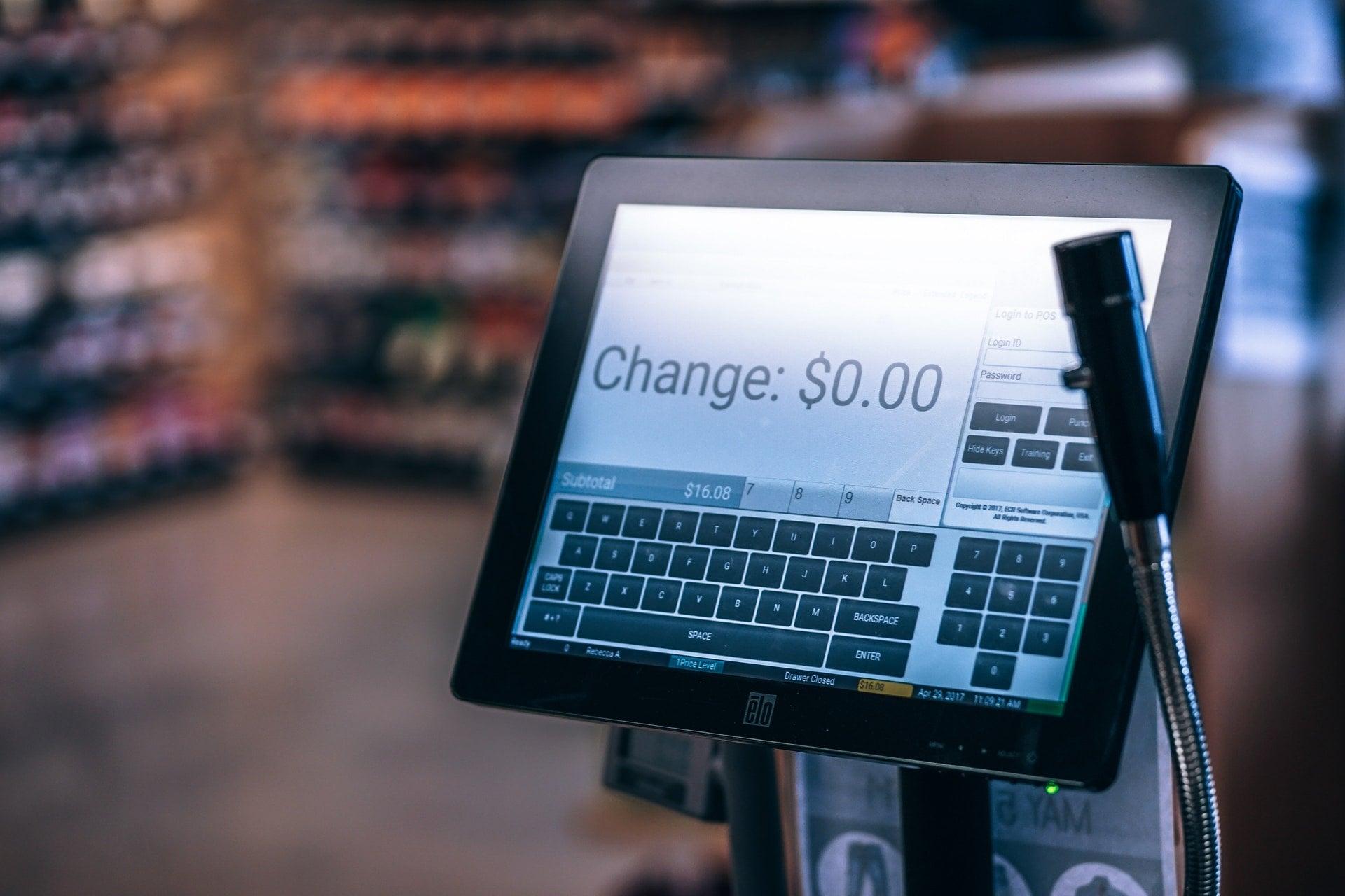 store shop payment screen monitor change counter 金管會金愛管!嫌 ATM 太多太方便 阻礙行動支付發展