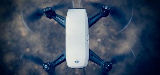 Dji Phantom Air Pro Drone Flying 20180503 購買空拍機(無人機)軟硬體細節和重點(以 DJI 大疆和 GoPro Karma 為例)
