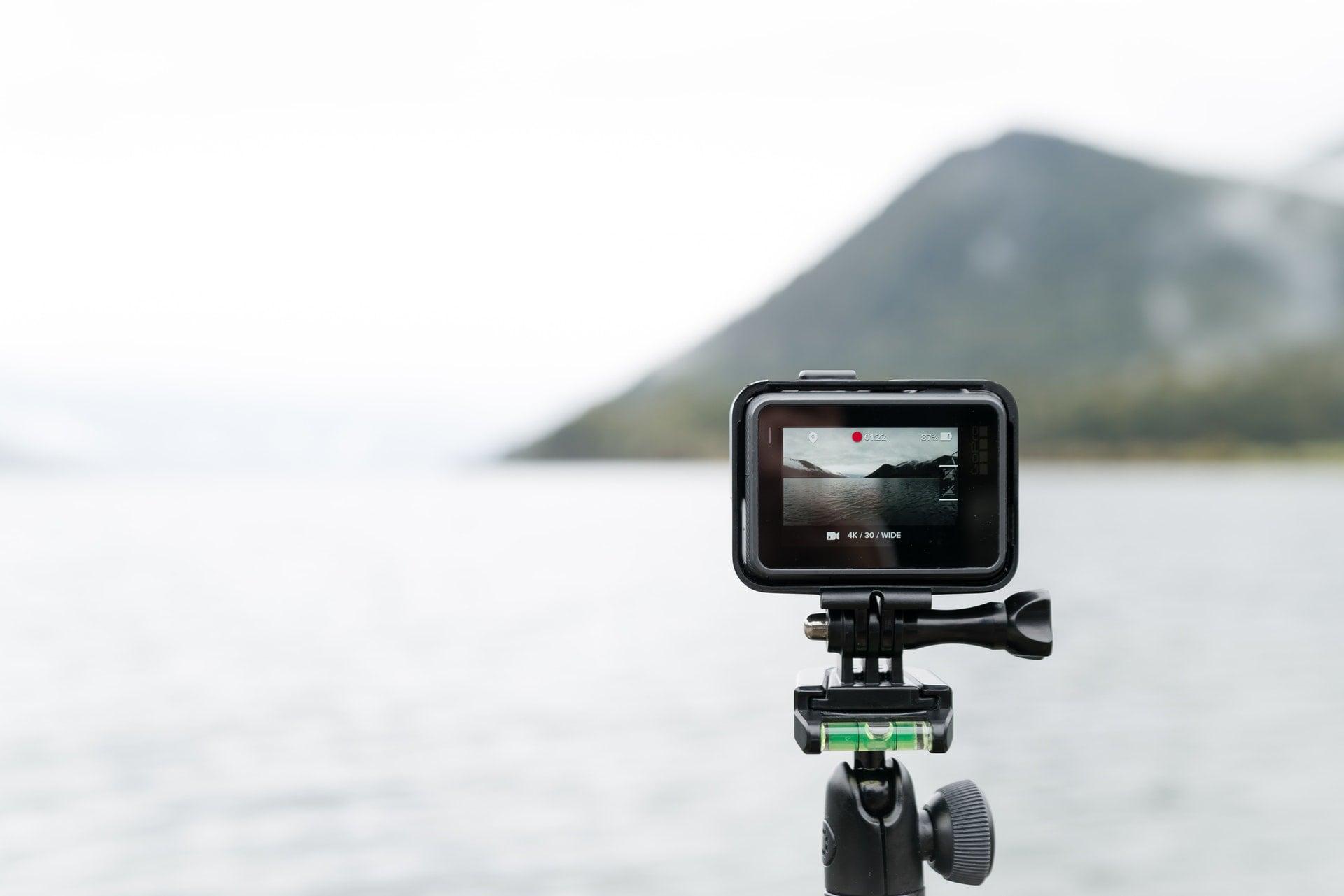 GoPro River Mountain Landscape Tripod Video Record 20180503 購買空拍機(無人機)需要的軟硬體細節和重點(以DJI大疆和GoPro Karma為例)
