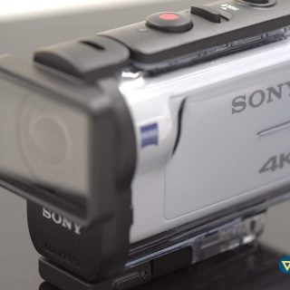 Sony FDR X3000R Action Camera in Waterproof Shell 201505 索尼 Sony 運動攝影機購買建議與 FDR-X3000R 4K 即時檢視遙控器