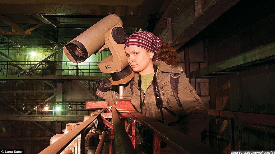 Secret Photography NPO Energomash factory of Russia 06 俄羅斯少女 Lana 秘密潛入莫斯科火箭工廠