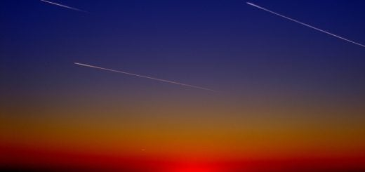 streaming planes falling stars at night Meteorite Meteor universe space sunset 一行詩創作:一絲