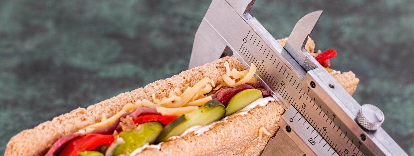 長壽又健康的人生很簡單,食物少吃就對了! bread calories food sandwich eat fitness diet Vernier caliper