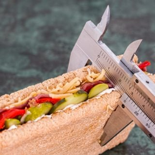 bread calories food sandwich eat fitness diet Vernier caliper 長壽又健康的人生很簡單,食物少吃就對了!