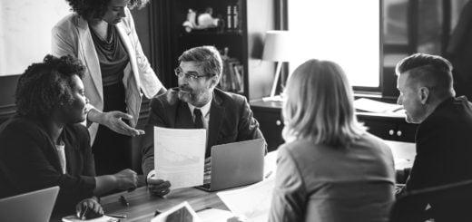 people meeting Committee Professional discuss Business 碩士、博士畢業口試大刀教授降臨 餵食高級點心、咖啡準備伺候
