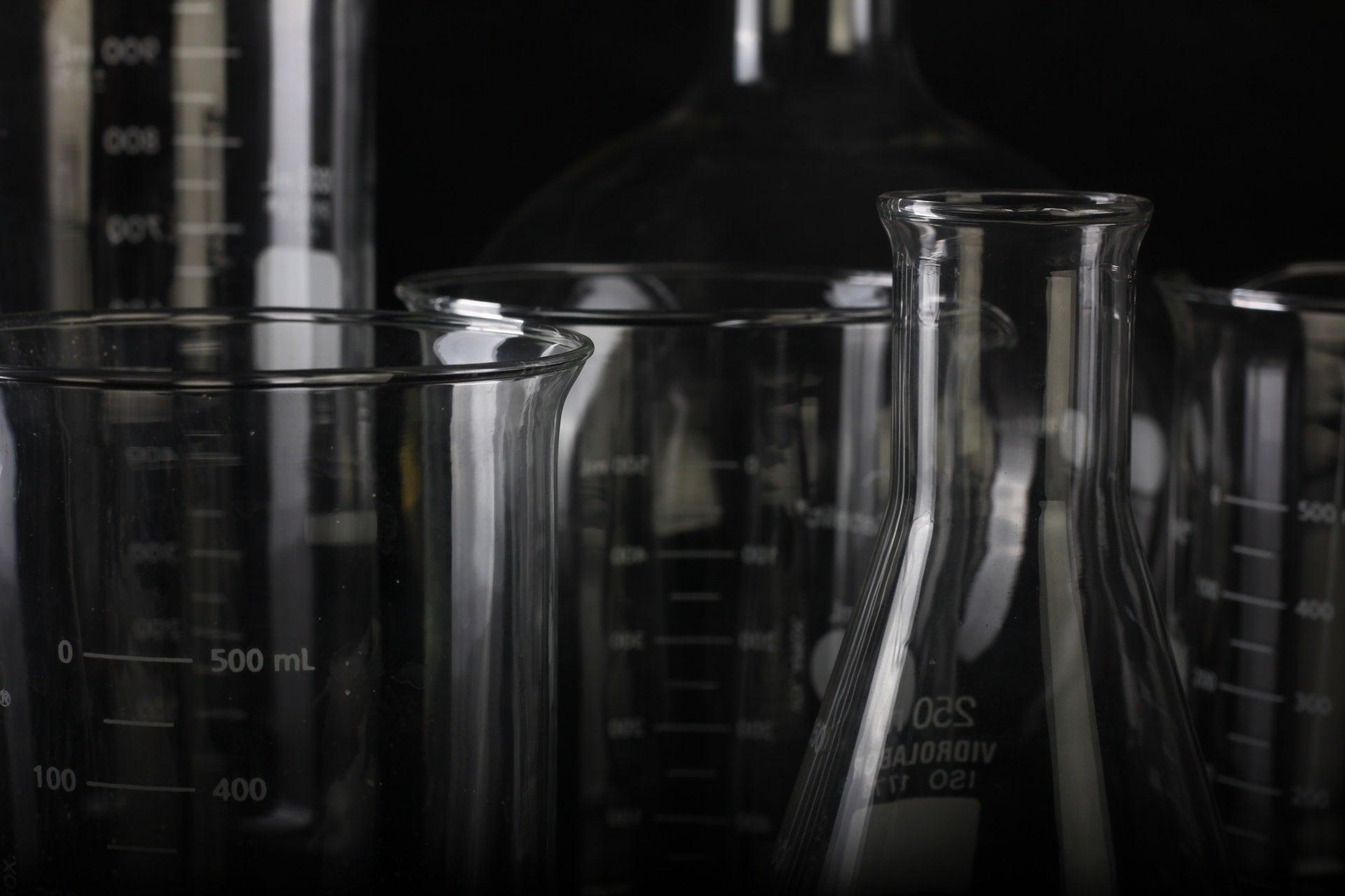 beaker biology chemical glass measuring cup lot laboratory 2