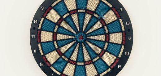 hit bullseye shooting darts target decathlon 迪卡儂 Decathlon 飛鏢與鏢靶🎯組合套件開箱文心得